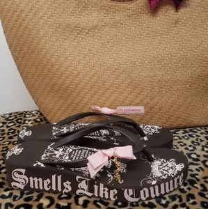 Juicy Couture Bundle Flip Flops 8 & Bag NWOT